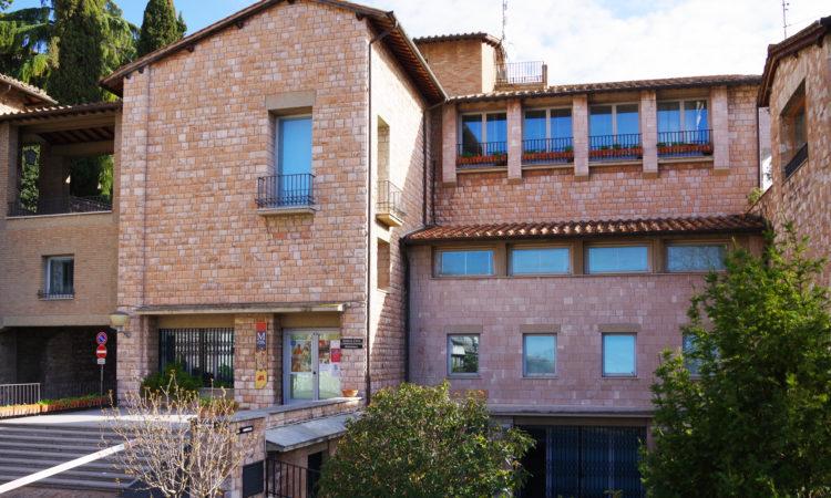 Sala Cristalli esterno| anche edificio Galleria e Biblioteca | Cittadella di Assisi